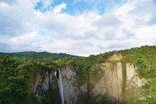35 waterfall landscape sm