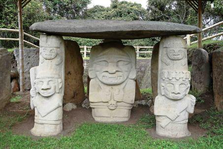 7 statues sm